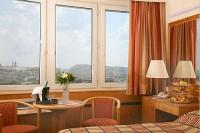 Room with panoramic view in 4 star hotel Budapest