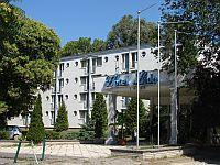 Hotel Lido Budapest - Hotel in the green belt of Budapest in Hungary - online booking with special price packages